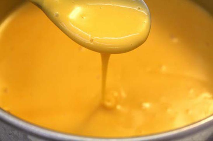 Bước 4 Làm sốt trứng muối bơ tỏi (Bước 2) Tôm rang trứng muối theo 2 cách