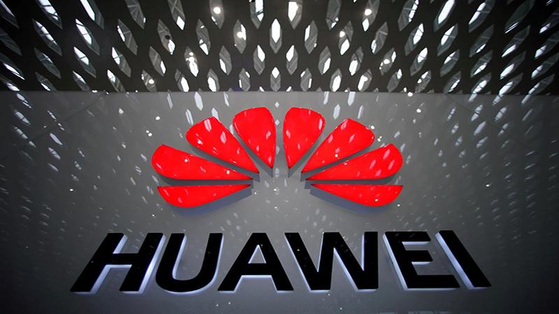 Sau cú ngã ngựa, Huawei vẫn