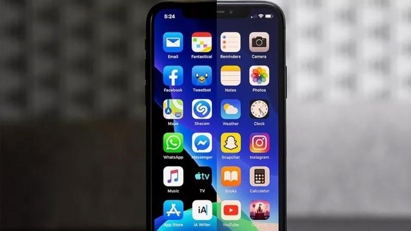 iPhone 11 Pro Dark Mode