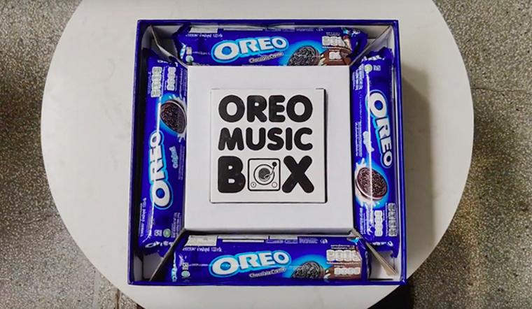 Review Oreo Music Box -  Cùng Oreo trao lời yêu thương đến những người bạn yêu quý