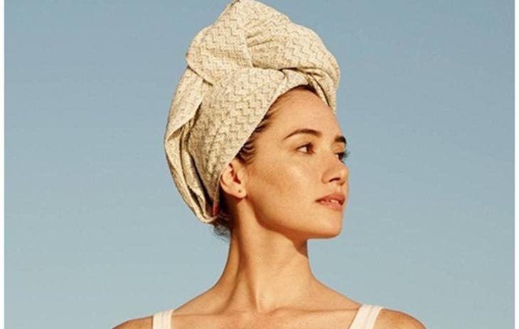 Sử dụng khăn tắm siêu thấm nước