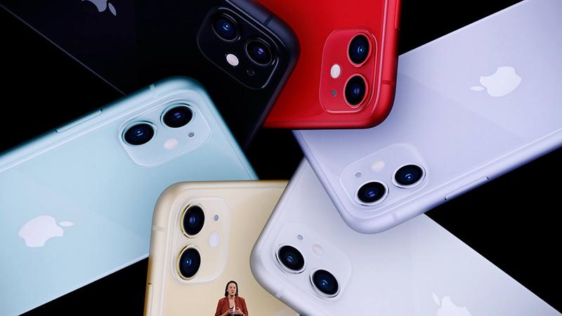 iPhone 11 lock giảm giá sốc, mua hay không mua?