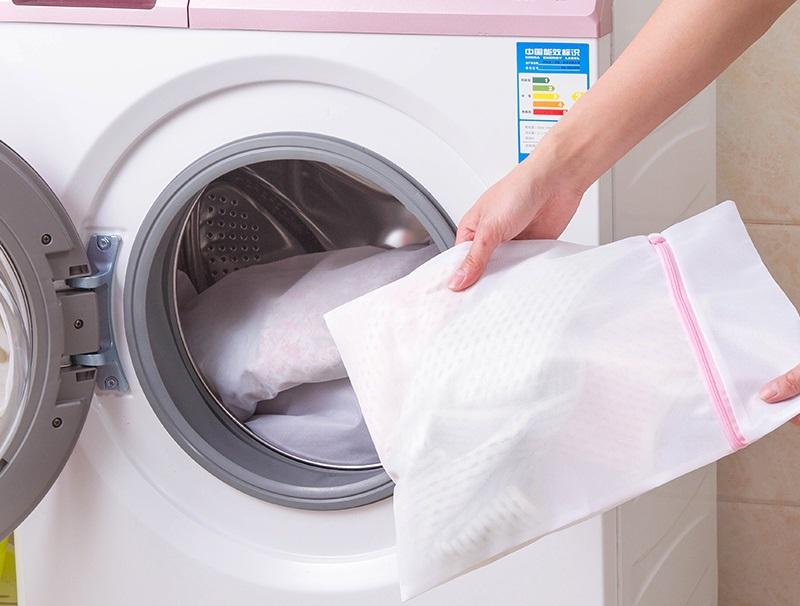 Sử dụng túi giặt