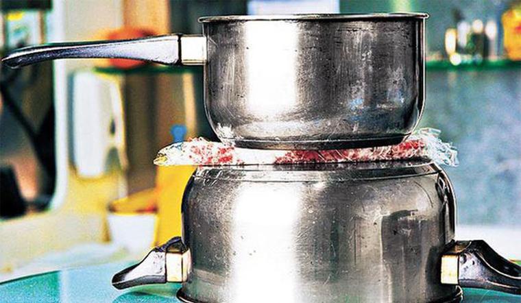 Cách rã đông thịt nhanh mà không cần lò vi sóng