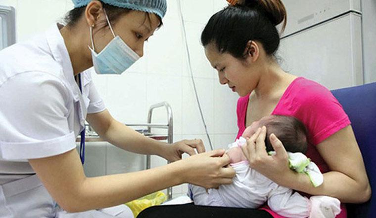 Vì sao trẻ cần tiêm vắc xin?