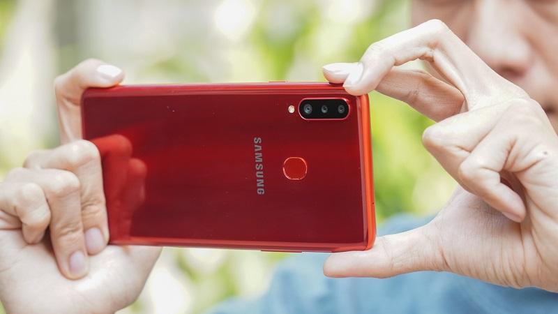 Điện thoại Samsung giảm giá tháng 12