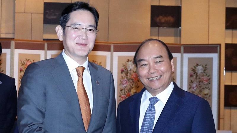 Thủ tướng Nguyễn Xuân Phúc đề nghị Samsung xây dựng một cơ sở sản xuất chip ở Việt Nam