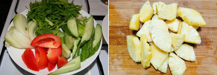 Bước 1 Sơ chế nguyên liệu Mực xào dưa leo với cà chua và thơm