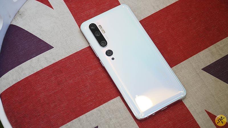 Bộ đôi Mi Note 10 mở bán tại Thế Giới Di Động