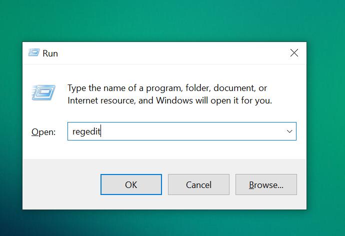 Nhấn tổ hợp phím Windows + R, nhập Regedit và chọn OK.
