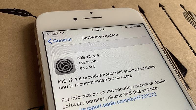 Apple bất ngờ phát hành bản vá bảo mật iOS 12.4.4 cho iPhone 5s và iPhone 6