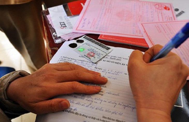Các giấy tờ cần thiết để đăng ký biển số xe máy điện
