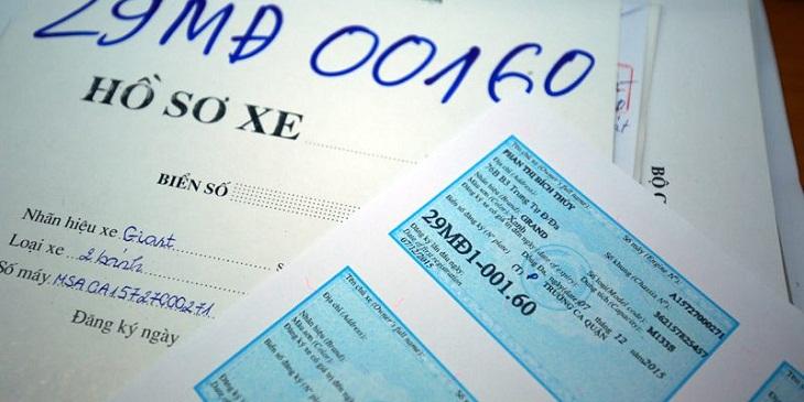 Điền tờ giấy khai đăng ký biển số xe