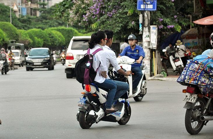 Thời hạn cấp đăng ký, biển số xe máy điện