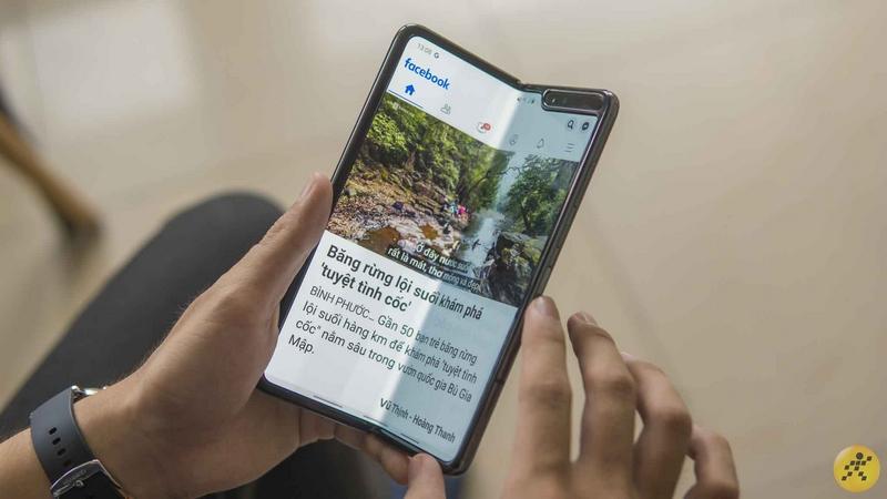 Smartphone màn hình gập Galaxy Fold đạt doanh số ấn tượng bất chấp giá bán cao gấp đôi Galaxy Note 10+