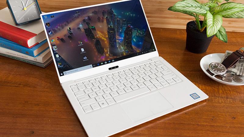 Laptop doanh nhân giảm giá