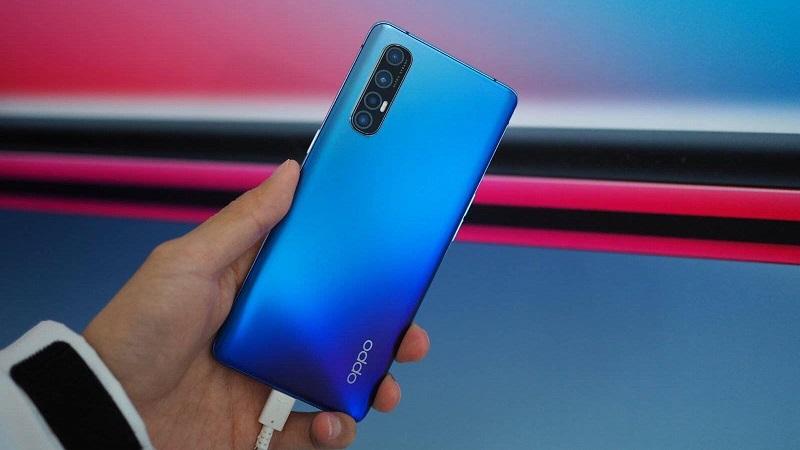 Ngắm loạt ảnh trên tay OPPO Reno3 Pro 5G với độ mỏng ấn tượng chỉ 7.7 mm, bạn thấy màu này đẹp chứ?