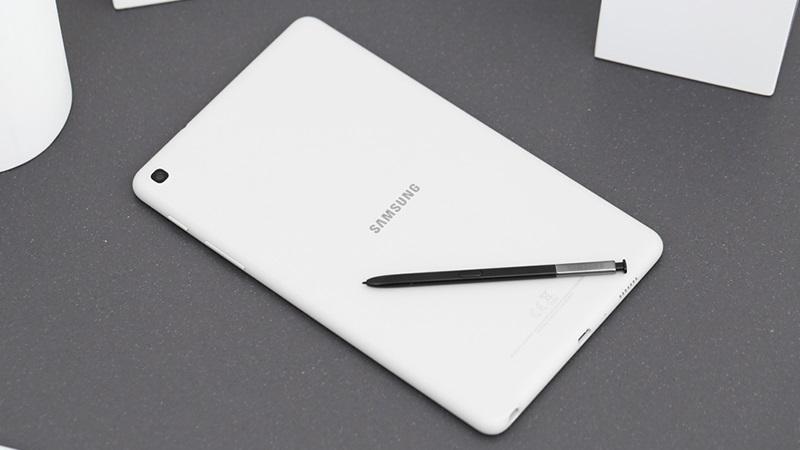 Fan mê xài máy tính bảng chuẩn bị đập ống heo là vừa, bởi Samsung sắp tung tablet tầm trung mới đi kèm với bút S Pen