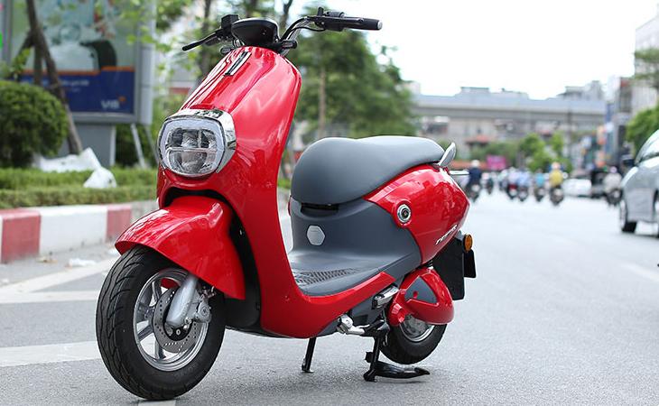 Xe máy điện Aima Mine Plus DK