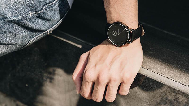 đồng hồ độc quyền