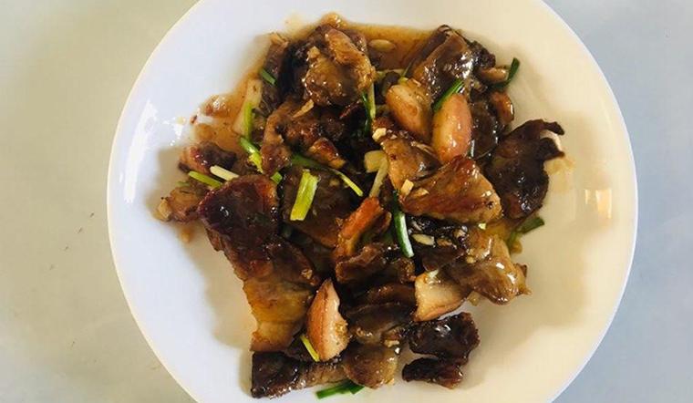 Chị Trang chia sẻ cách làm thịt heo xào chua ngọt hấp dẫn cả nhà