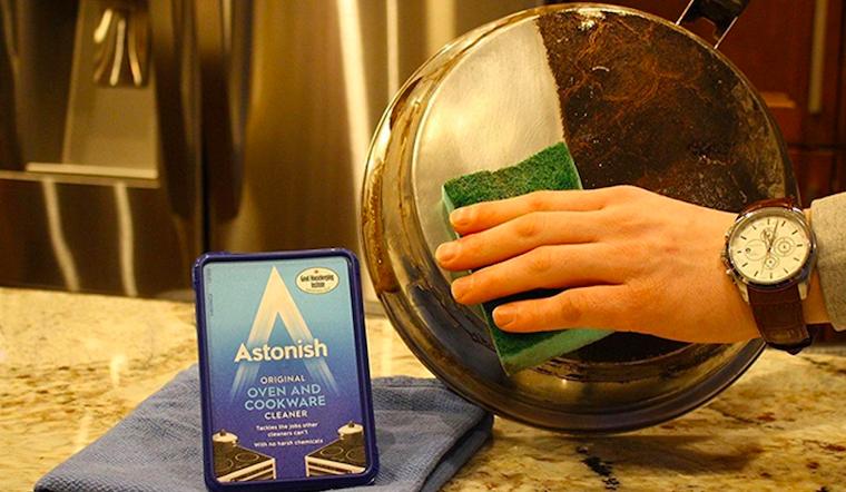 Cuối năm lau dọn bếp đừng quên chọn kem vệ sinh nồi và bếp Astonish