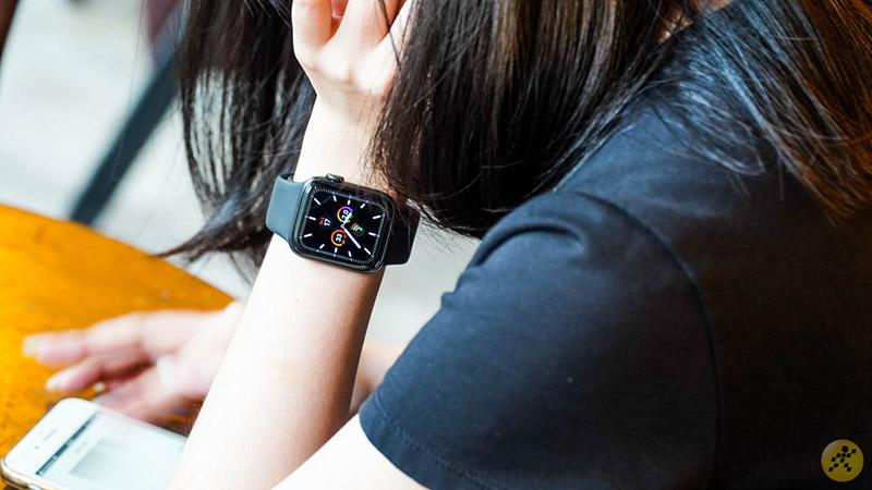 Smartwatch giảm giá