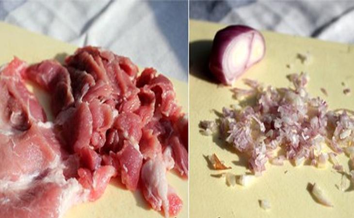 Bước 1 Sơ chế nguyên liệu Thịt xiên nướng chuẩn vị Hà Nội