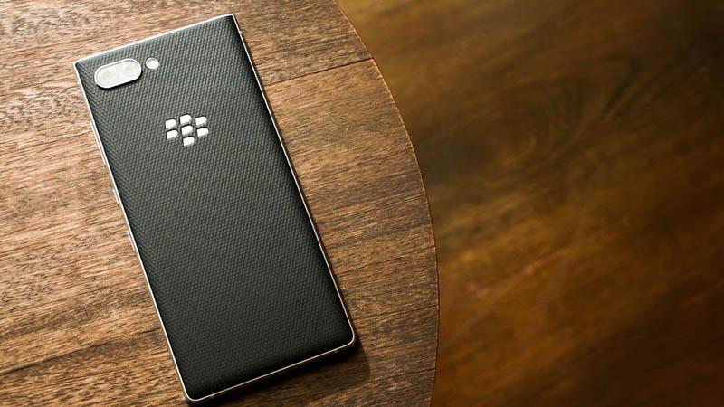Điện thoại BlackBerry giảm giá