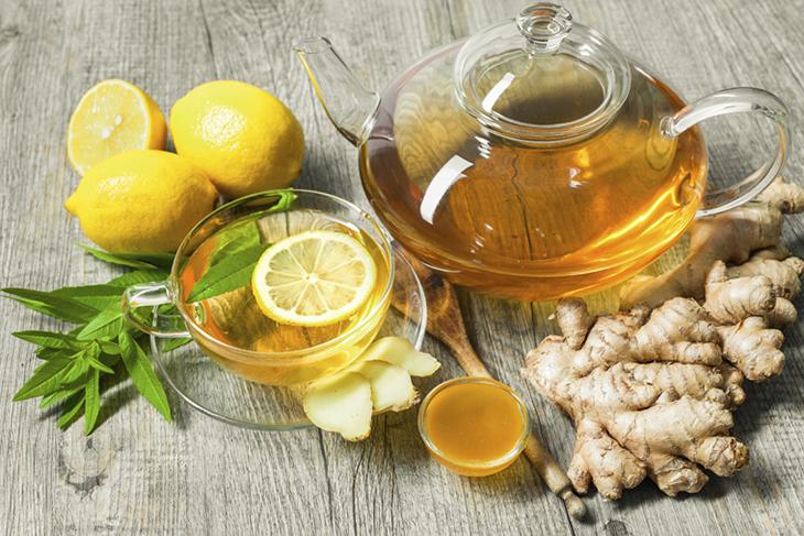 giải rượu bằng mật ong + chanh + gừng