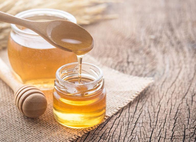 Giải rượu khi say bằng mật ong đơn thuần