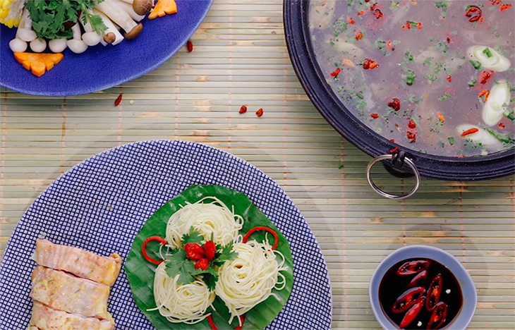 Hướng dẫn cách nấu lẩu gà nấm ngon chuẩn nhà hàng cả nhà đều mê