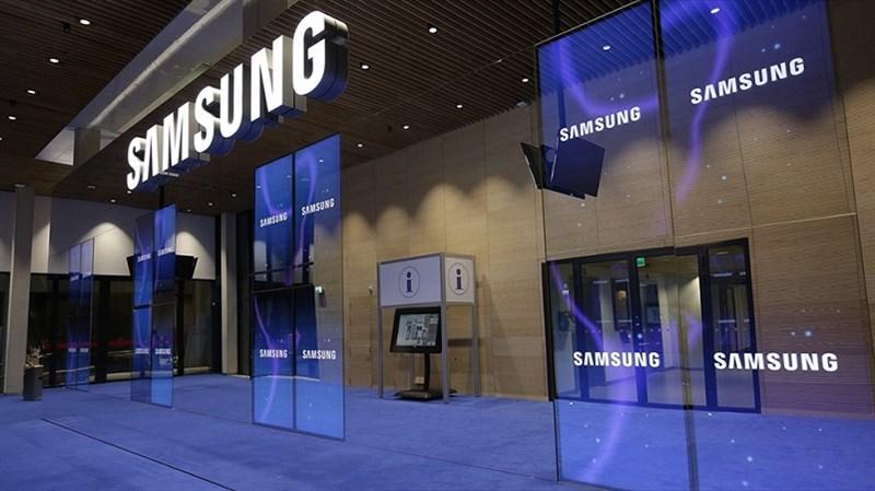 Apple có giá trị vượt mốc 1.000 tỷ USD, Samsung dẫn đầu thế giới về doanh số smartphone nhưng đạt giá trị bao nhiêu?