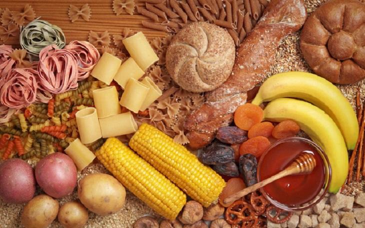 Hạn chế ăn những thực phẩm chứa tinh bột và đường