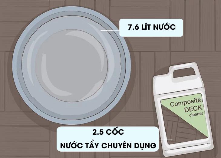 Pha hỗn hợp dung dịch vệ sinh.