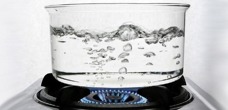 Hướng dẫn cách đun nước sôi nấu ăn, để nguội an toàn đúng cách