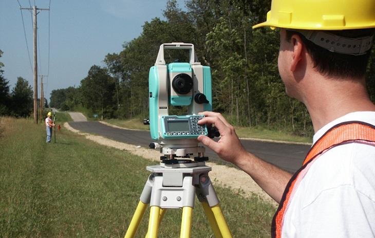 Thiết bị này được ứng dụng trong các công tác đo đạc địa chính, đo đạc khảo sát địa hình