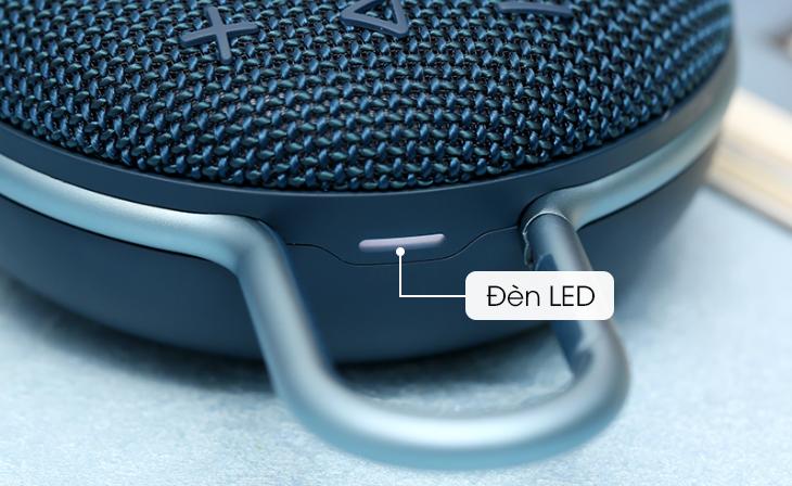 JBL Clip 3 trang bị đèn LED báo pin phía trên loa