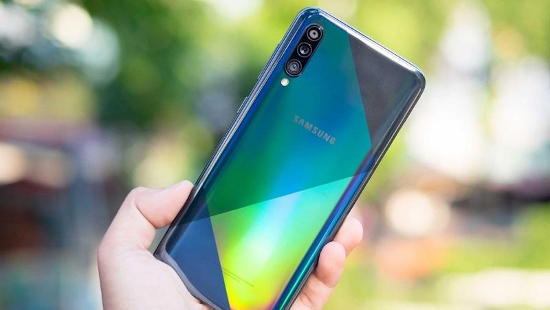 Thật bất ngờ: Galaxy A11 giá rẻ vừa được xác nhận sẽ có 3 camera sau, pin 4.000 mAh