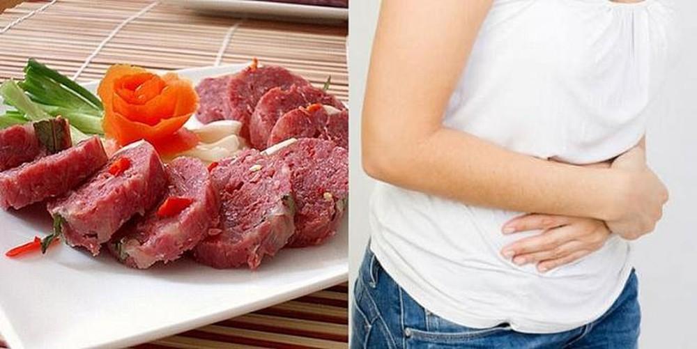 Thịt tái cũng khiến nhiều người nhiễm bệnh