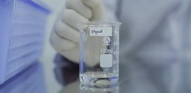 Tiếp tục thêm 7,5 ml Glyxerin