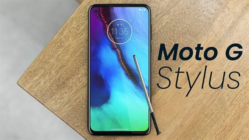 Motorola Moto G8, Moto G8 Power và Moto G Stylus cùng xuất hiện trong 1 bức ảnh, nhiều chi tiết cấu hình bị rò rỉ