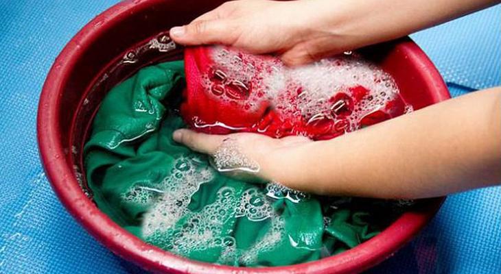 Tẩy nhựa chuối