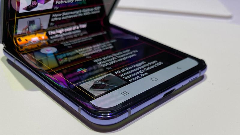 Trên tay Samsung Galaxy Z Flip