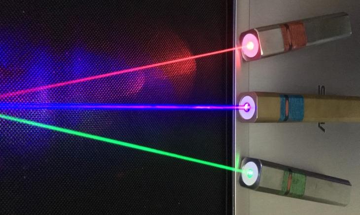 Tia laser là gì? Các loại tia laser, tác dụng và tác hại của tia laser - Hình ảnh tia laser