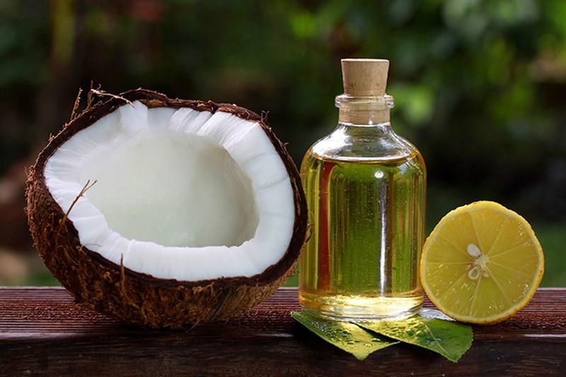 Đánh bay gàu trong thời gian ngắn với cách trị gàu bằng dầu dừa
