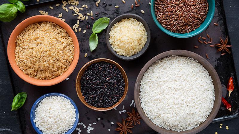 Gạo còn cám là gì, phân biệt gạo còn cám và gạo nguyên cám
