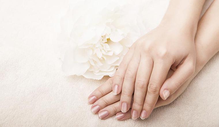 Dùng nhiều nước rửa tay khiến tay bị khô, áp dụng cách này da tay sẽ mềm mịn ngay