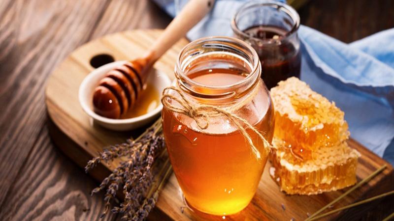 Mật ong có hương vị thơm ngon và chúng ta có rất nhiều cách để sử dụng loại thực phẩm này trong đời sống