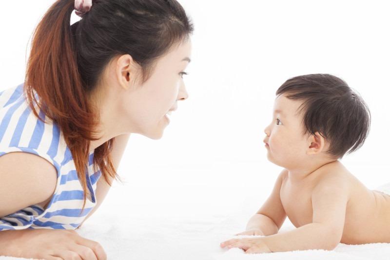 Cách bổ sung canxi cho trẻ sơ sinh đúng cách, giúp trẻ không bị còi xương